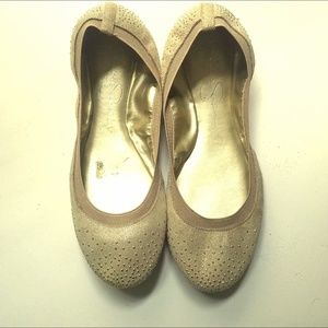 Jessica Simpsons flats - gold - Size 7